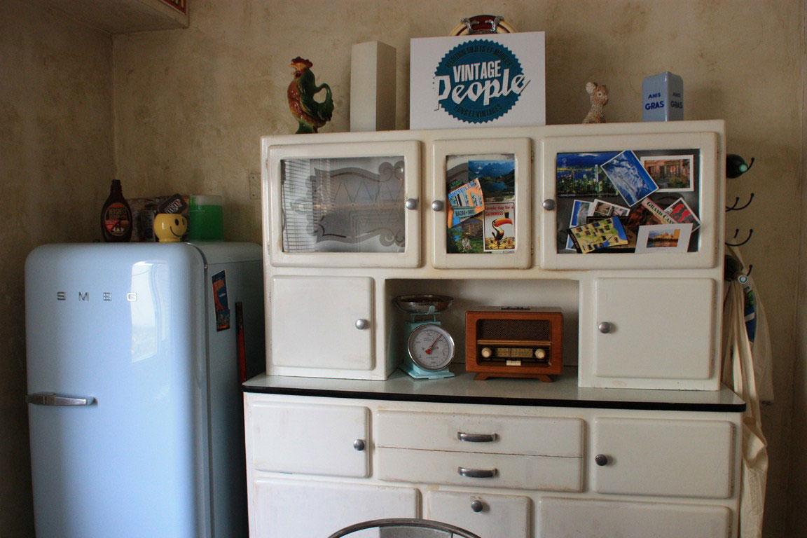 cuisine le cercle vintage paris. Black Bedroom Furniture Sets. Home Design Ideas